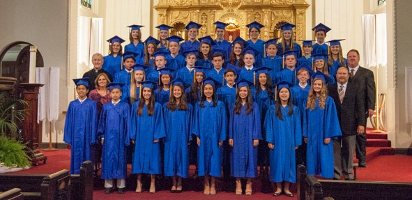 20150518_graduation_IMG_2502.harnsberger.cr