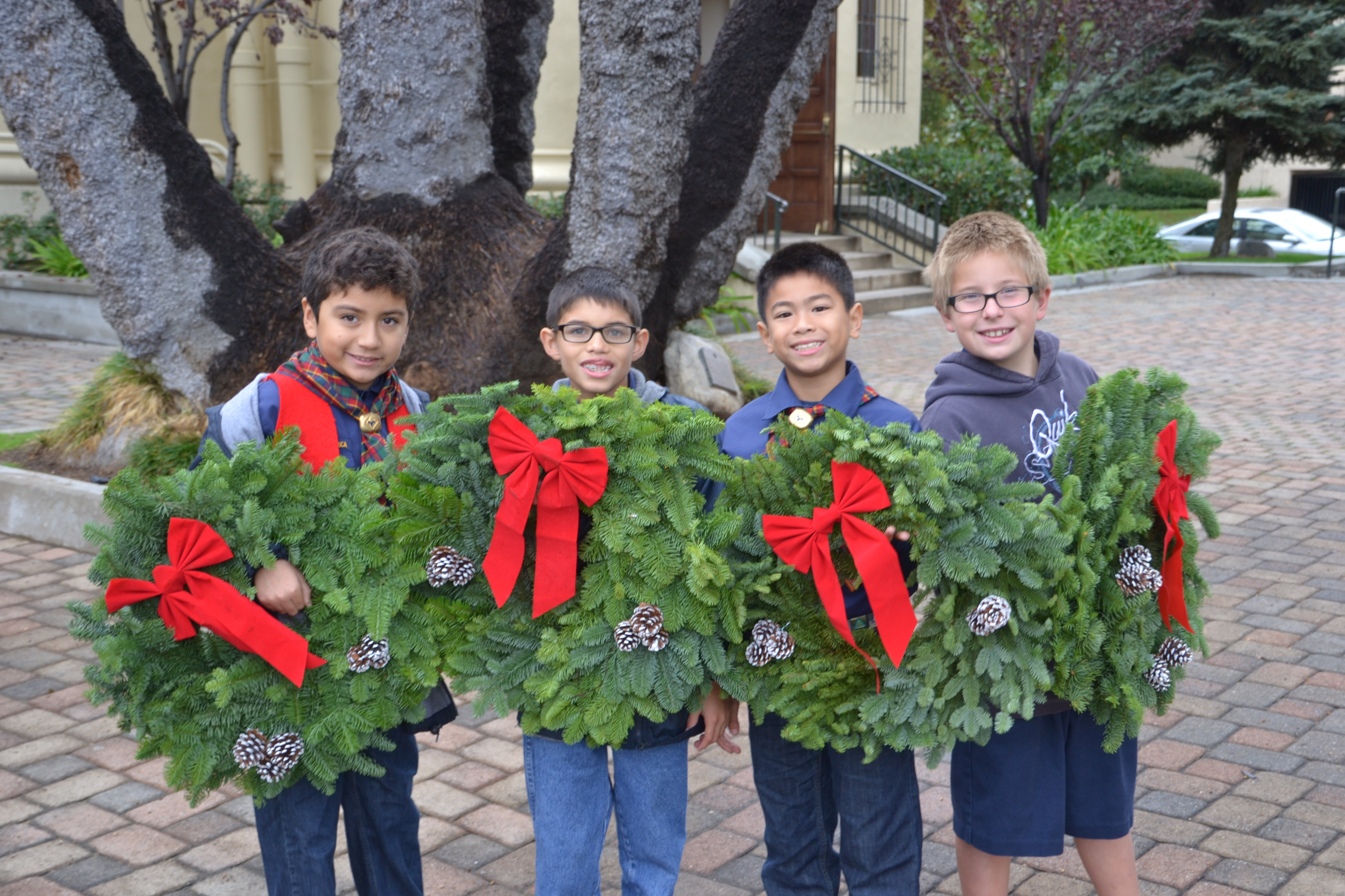 boy scouts christmas wreath fundraiser