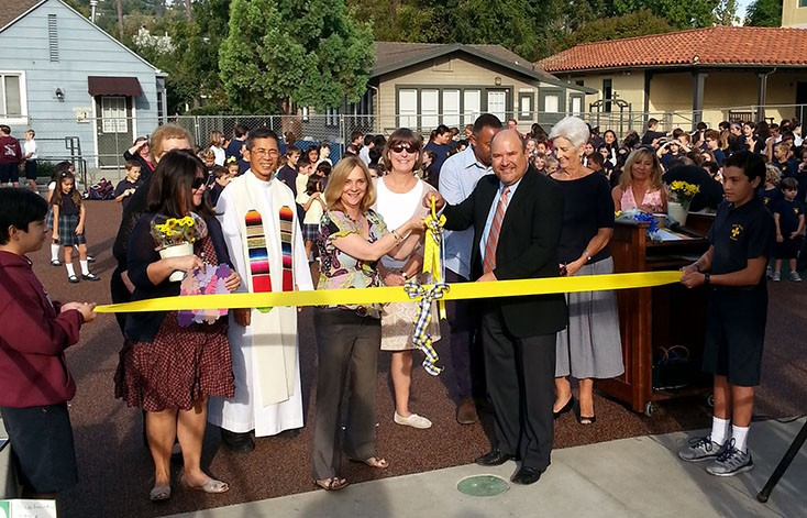 playground-ribbon-cut
